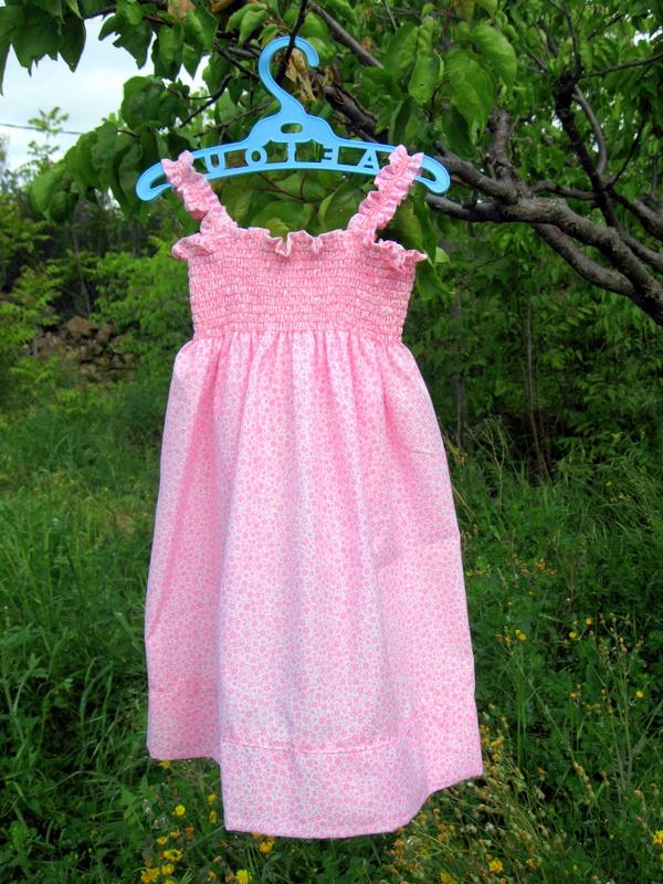 Como hacer un vestido de niña de verano muy fácil