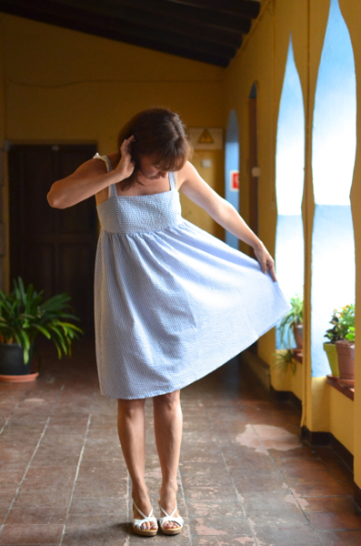 Summer dress (Burda Style 2013/05 modelo 115)